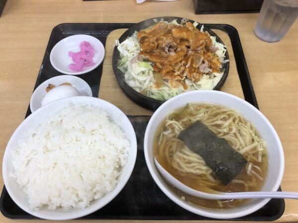 東中野大盛軒の人気メニュー鉄板麺